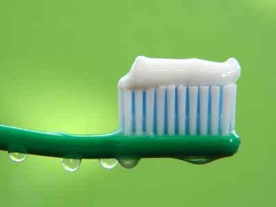 Серия зубных паст для чувствительных зубов Crest Sensitivity