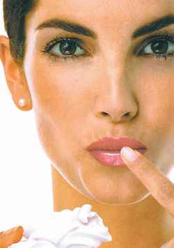 средство от герпеса на губах
