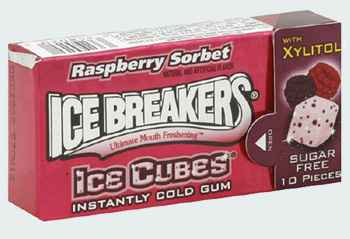Ice Breakers Raspberry Sorbet  Ice Cubes (Айс брекерс ледяной куб с ледяным вкусом малины)