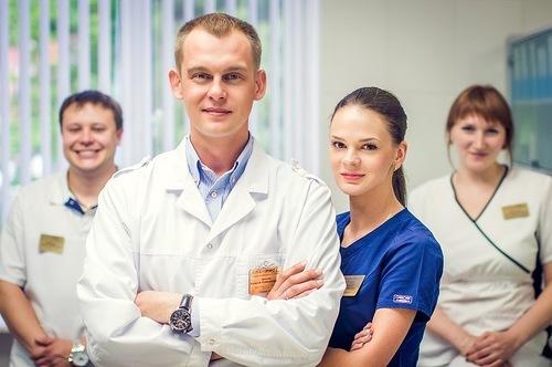 на что обращать внимание при выборе стоматолога