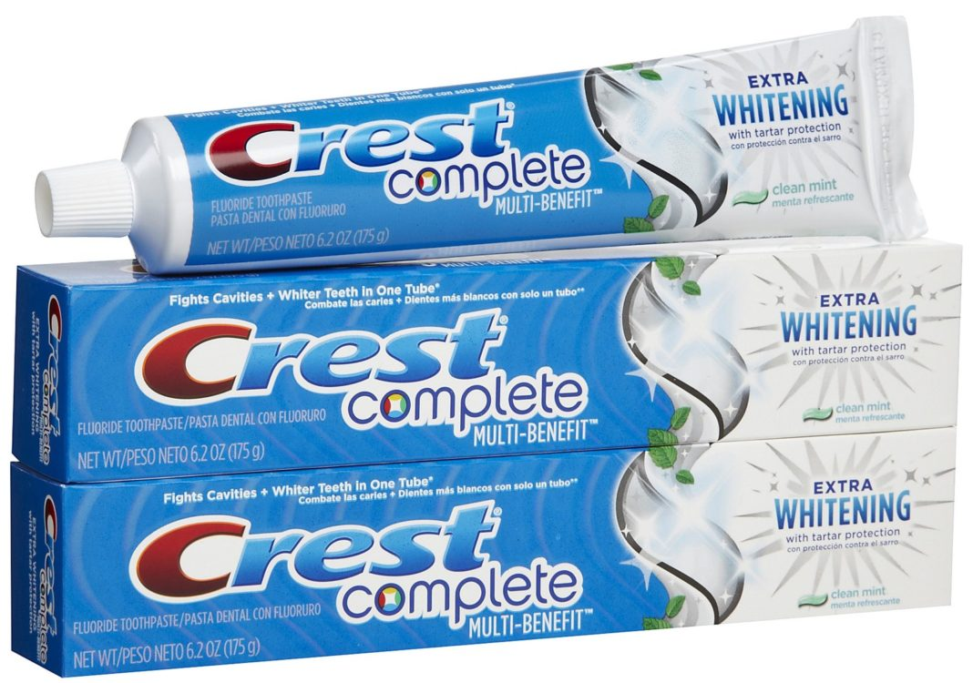 Crest Complete Multi-Benefit Extra Whitening with Tartar Protection Fluoride Toothpaste