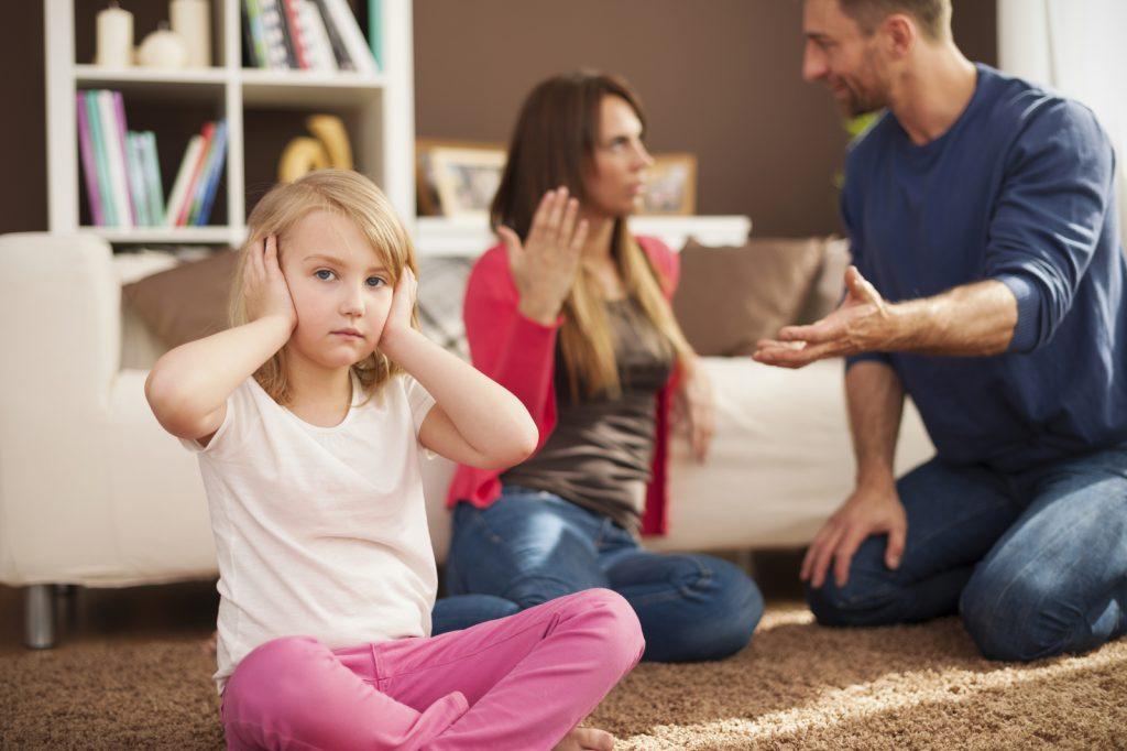 Трудности отношений в семье