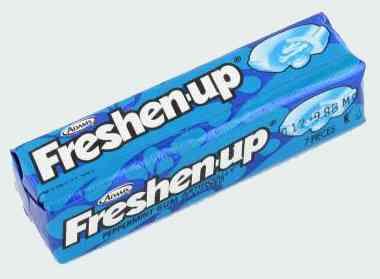Первая Freshenup Bubble Gum Peppermint  (Жвачка Освежись Бабл гам Перечная мята)