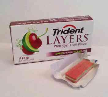 Жвачка Trident Layers Cherry Lime (Тридент слоеный вишня и лайм)
